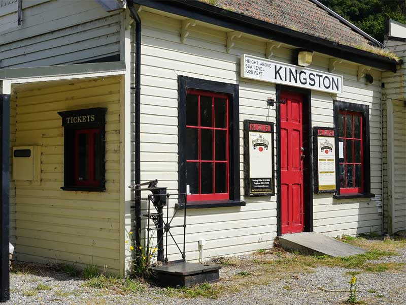 Flights to Kingston