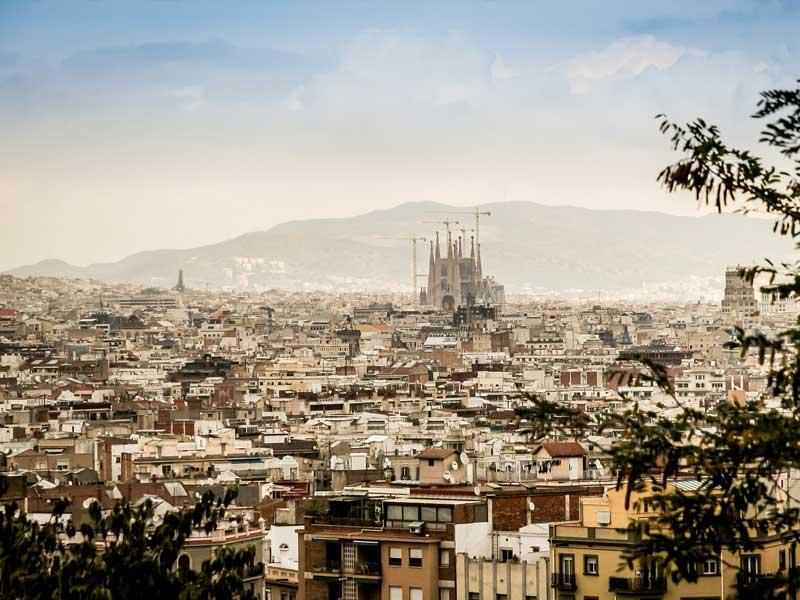 Cheap flights to Barcelona