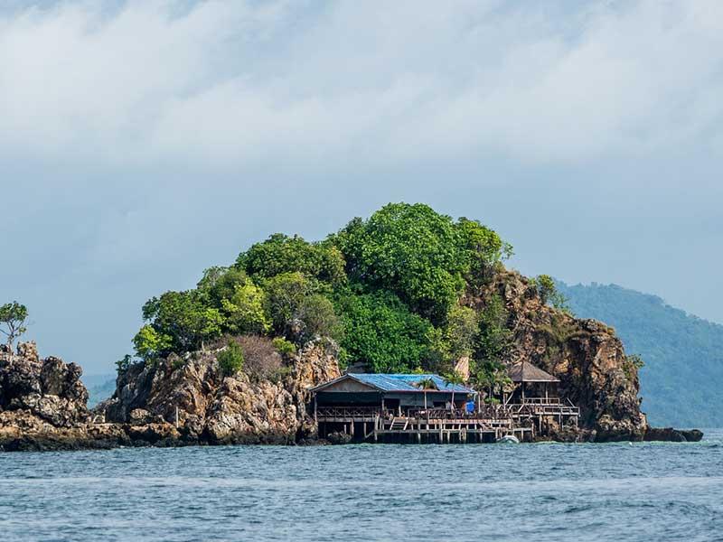 Cheap Flights to Phuket Thailand