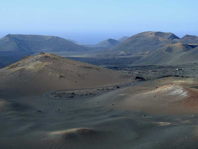 https://www.flightspro.co.uk/wp-content/uploads/2019/05/volcanic-landscape-2185605_1920.jpg
