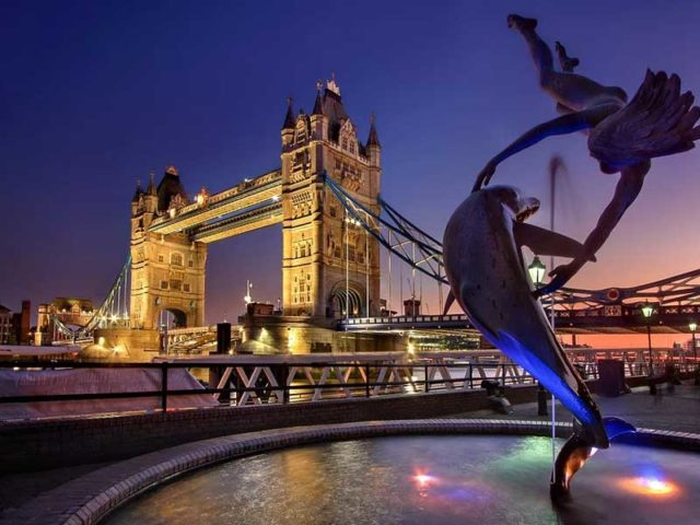 Last minutes cheap flights deals from London UK