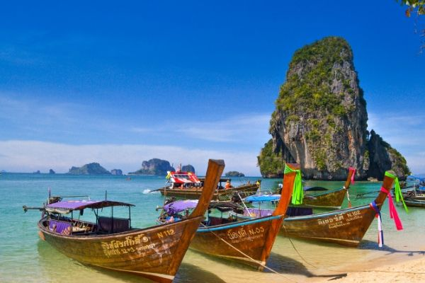 Last minutes cheap flights deals to Koh Samui, Thailand from London UK