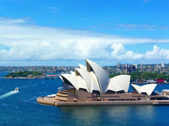 Last minutes cheap flights deals to Sydney from london uk