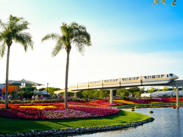 Last minutes cheap flights deals to Orlando, Florida from London UK