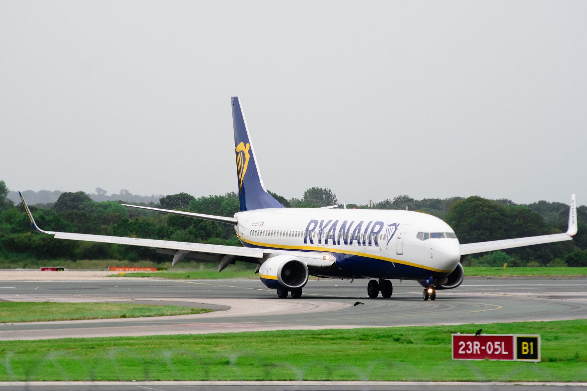 Book RyanAir Business Class Flights from london uk