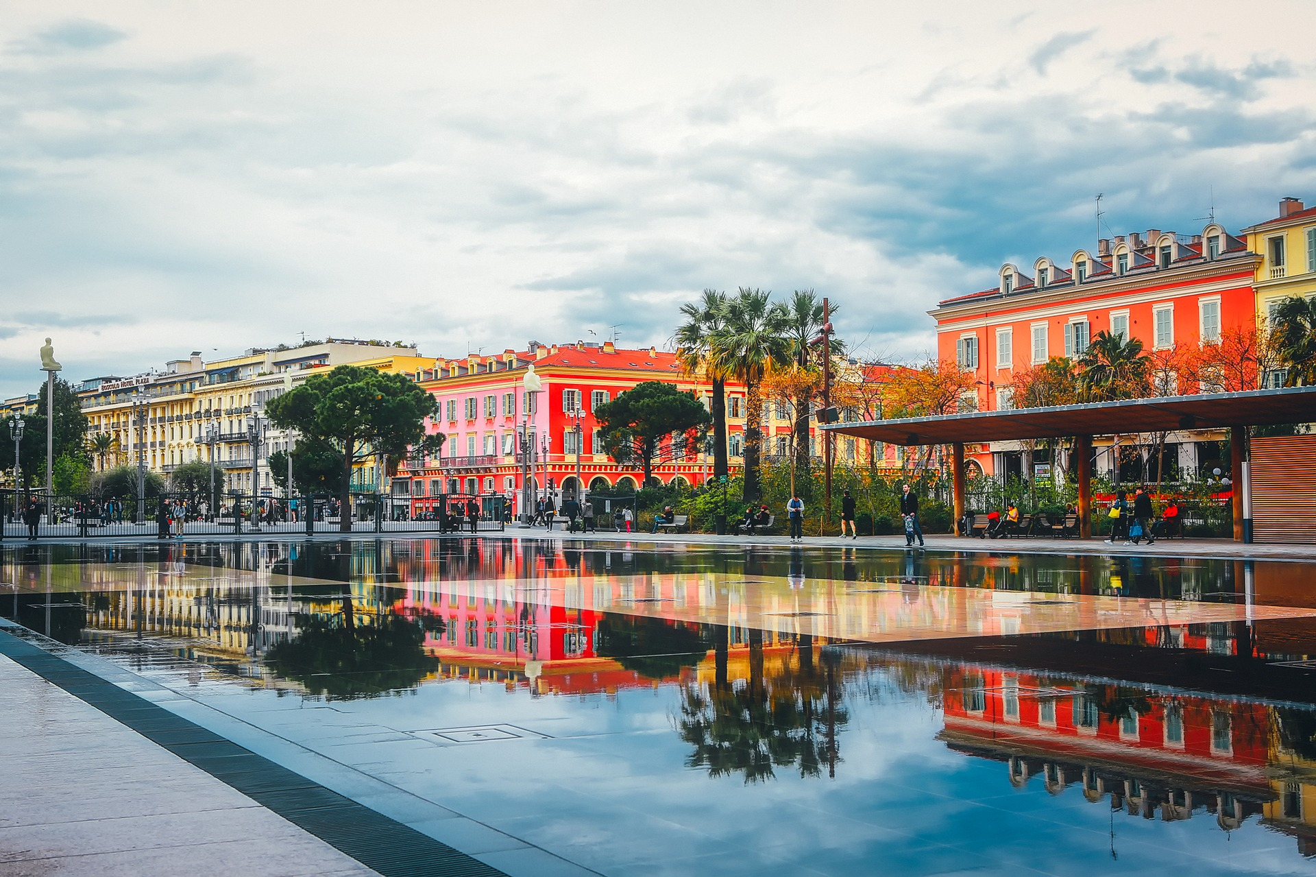 Business Class flights deals to Nice from london uk