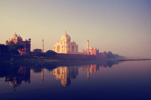 Business Class flights deals to India from london uk