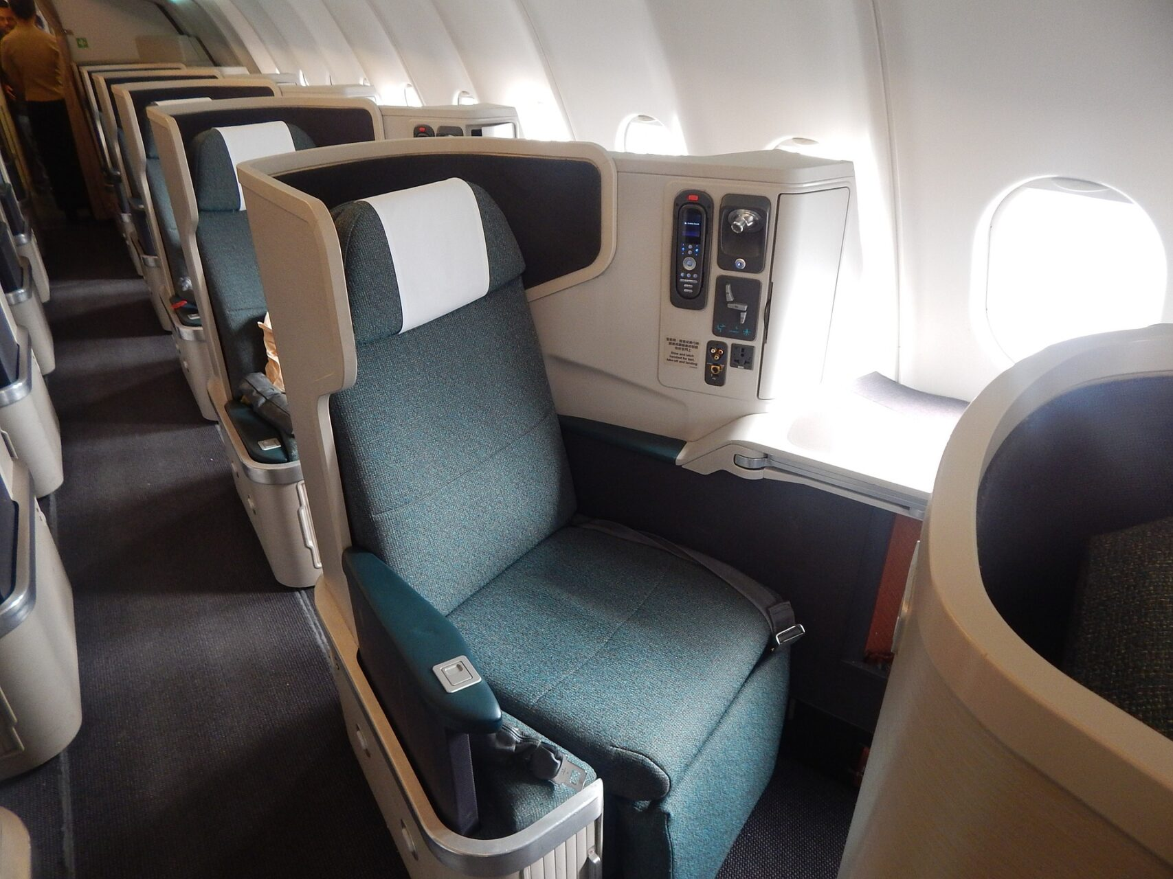 Book Iberia Business Class Flights from london uk